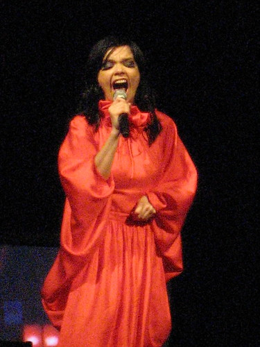 Björk @Radio City Music Hall, May 2, 2007 | by Qbertplaya