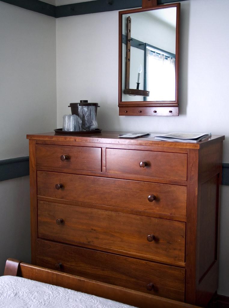 Shaker chest of drawers shaker village pleasant hill ke flickr for White shaker bedroom furniture