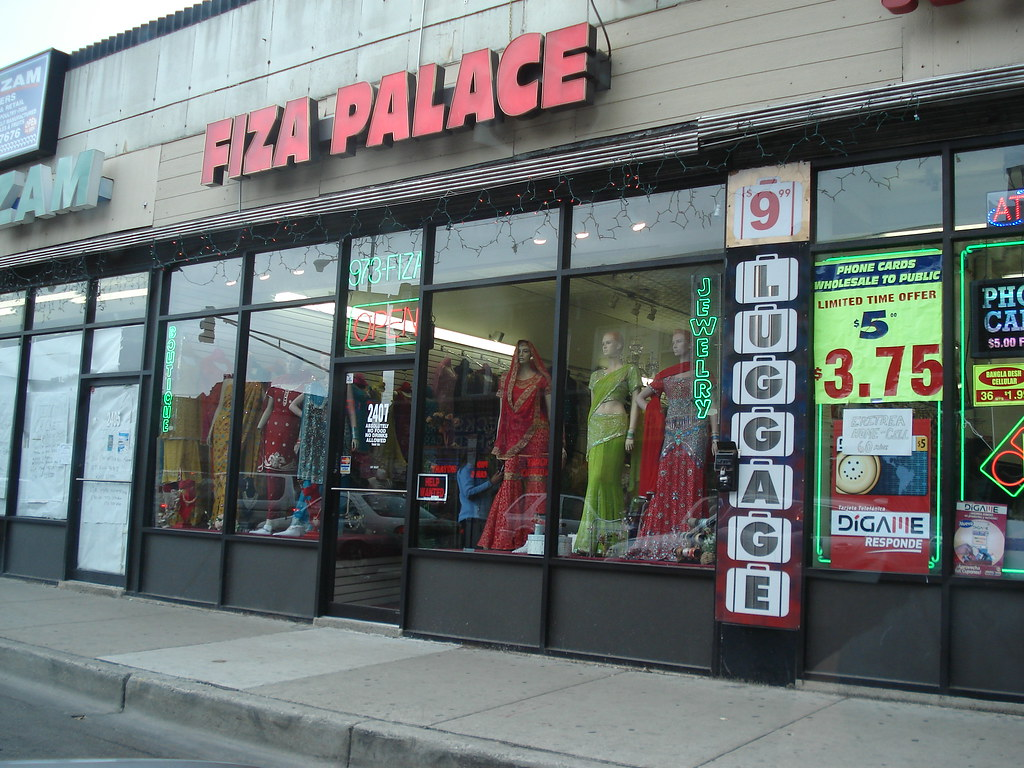 Chicago clothes stores