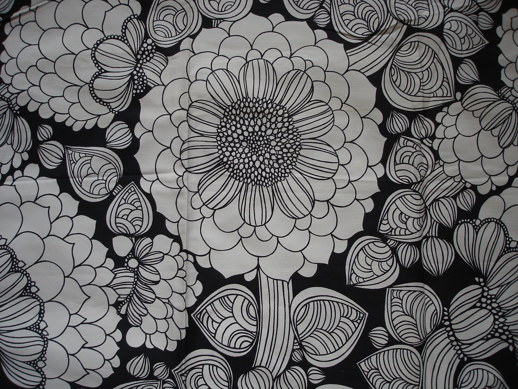 Black and white flower fabric 1960s chrissy alavoine flickr black and white flower fabric 1960s by lil chrissy mightylinksfo