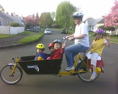 Family Bakfiets, Portland Oregon, April, 2007 | by npGREENWAY