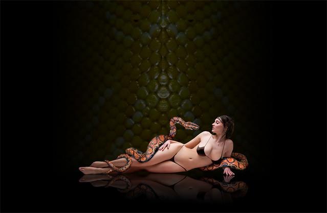 virgin girl nude self pic