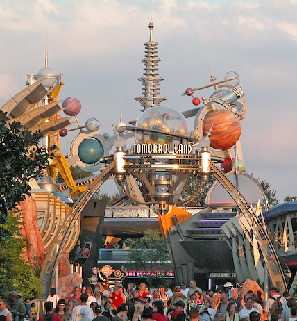 Tomorrowland entrance, Magic Kingdom, Walt Disney World, Orlando | by ...