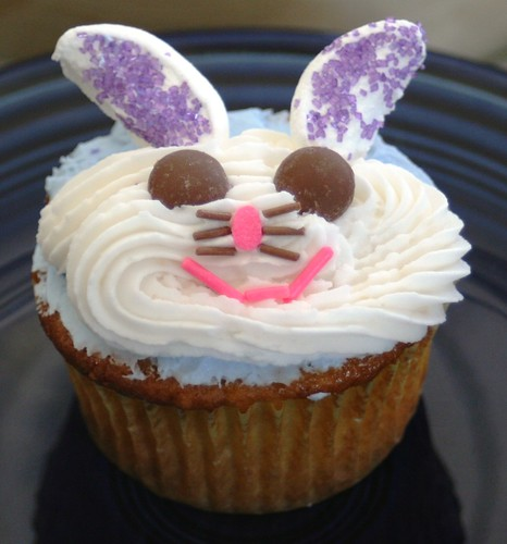 Bunny Cupcake | by Dianne's Dishes