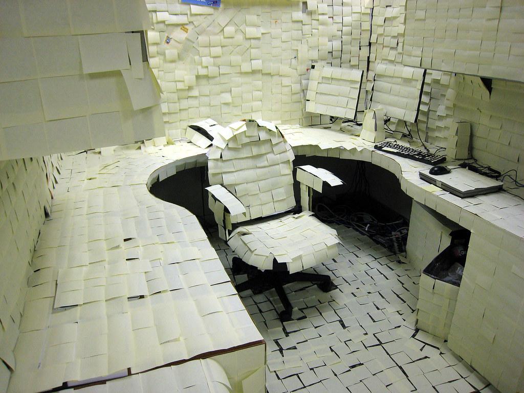 Bürostreiche