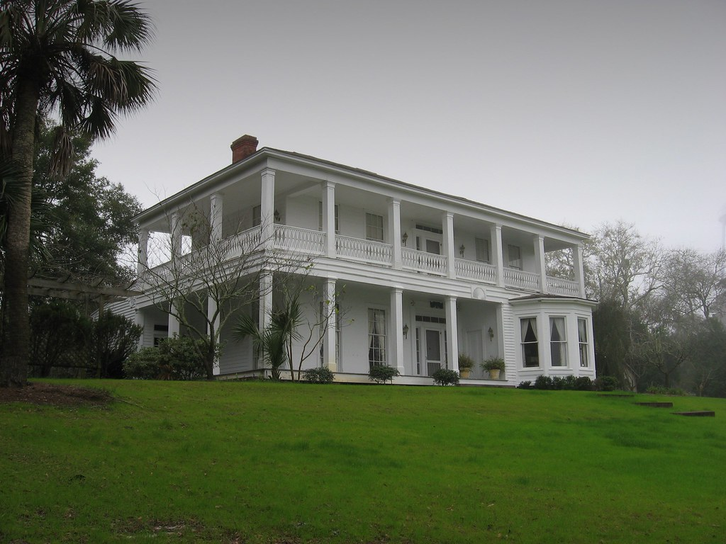 Old southern mansion apalachicola florida geoff davis for Southern homes florida