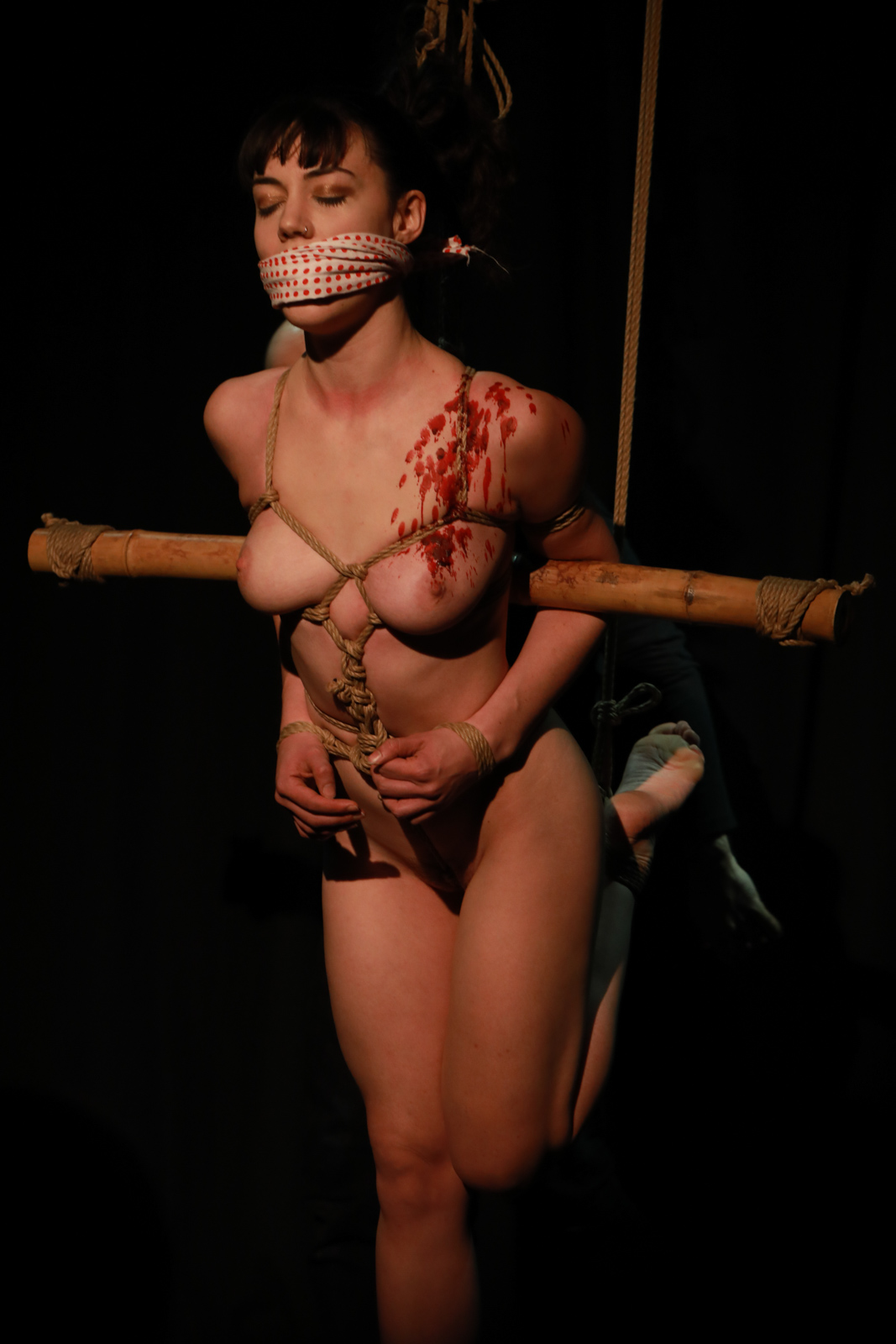 Shibari performance by Pedro and Gestalta at The Soap Box, London, December 2016