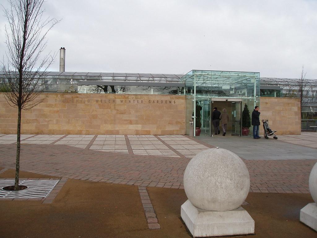 entrance to david welch winter gardens duthie park aberd u2026 flickr