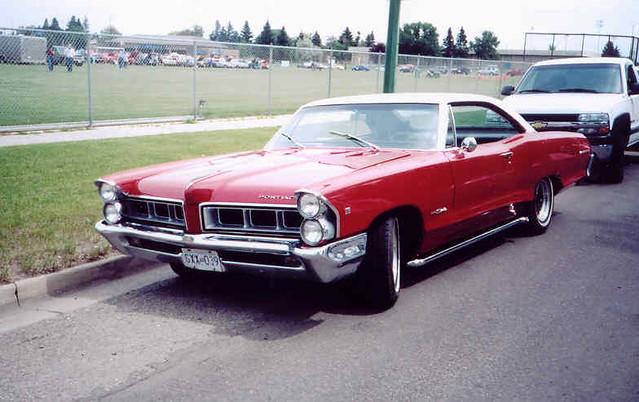 Pontiac Parisienne | 1965 Pontiac Parisienne Custom Sport ...
