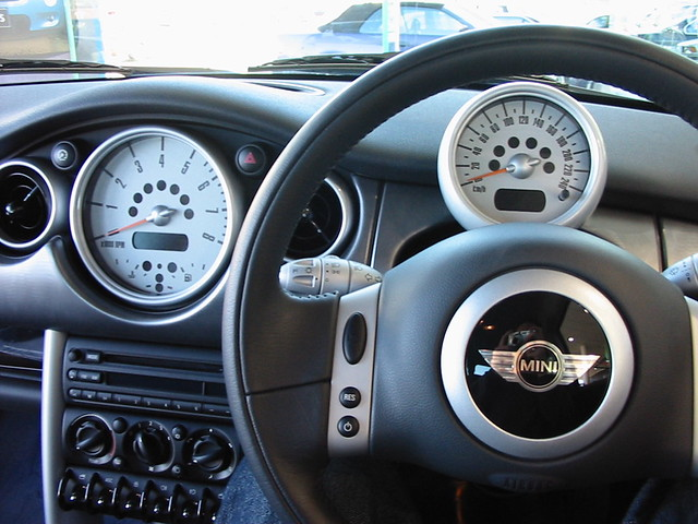 Mini Cooper S Dashboard Nice Interior Shot Of The Electric Flickr