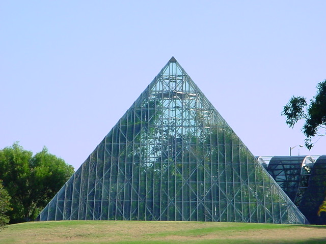 How To Build A Pyramid House