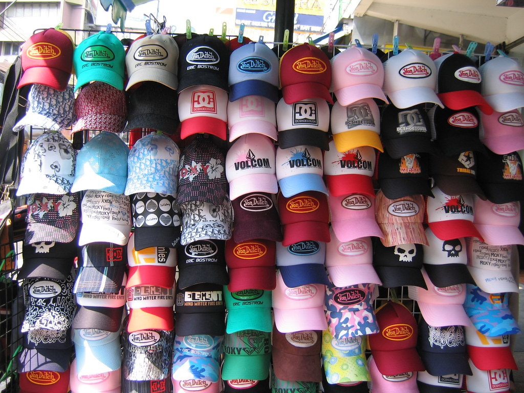counterfeit von dutch   counterfeit Von Dutch trucker hats ...: https://www.flickr.com/photos/neato/3546071
