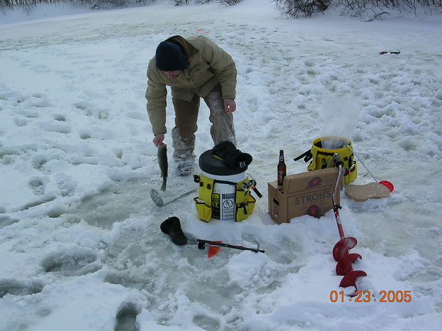 Ice fishing stuff flickr photo sharing for Ice fishing apps