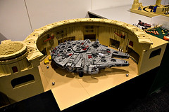 Docking Bay 94 (& Falcon) in LEGO | by bluemoose