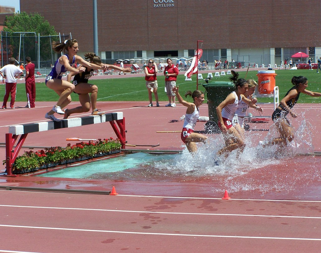 Women 39 S 3k Steeplechase Women 39 S 3000 M Steeplechase Big