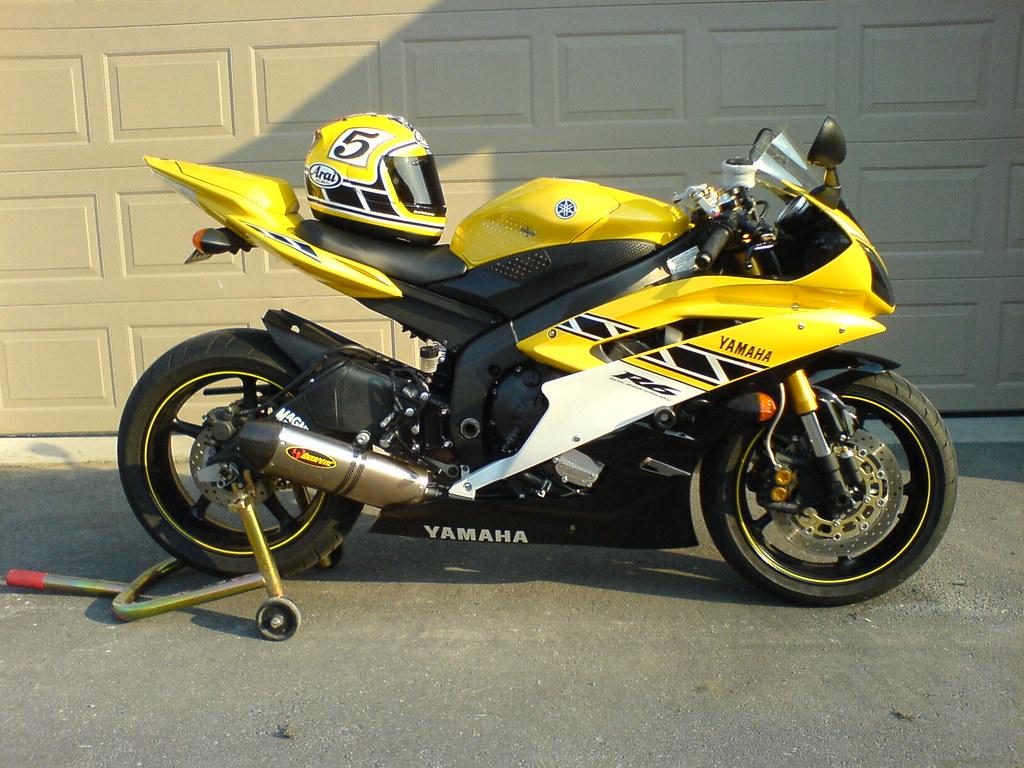 Yamaha R Yellow