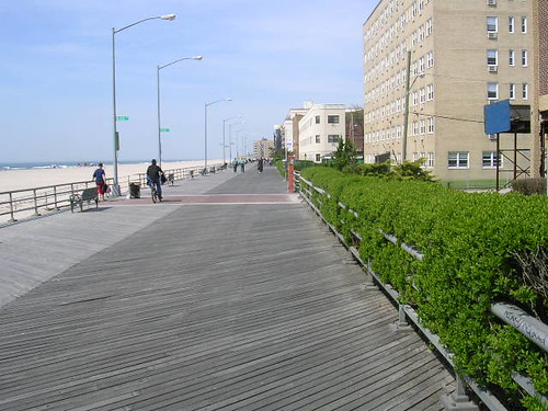 Rockaway Beach boardwalk | by scriptingnews