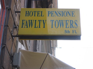 Hotel/Pensione Fawlty Towers | by B10m