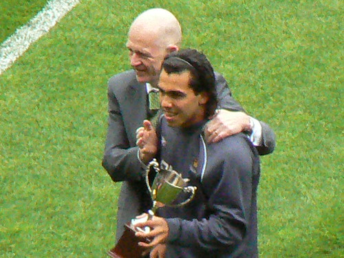 tevez gets hammer of the year award | by cardbush