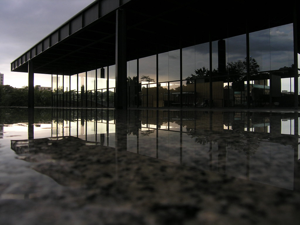 Ludwig Mies Van Der Rohe Berlin Juli 2006 Mies Van Der Ro Flickr