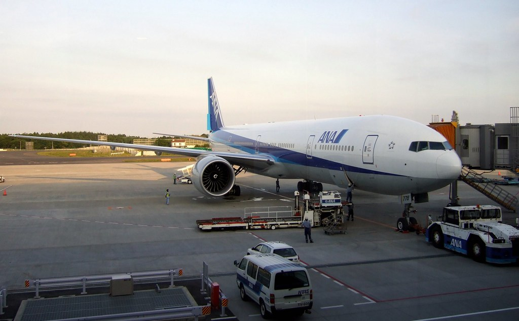NH ANA @ NRT Tokyo Narita | 200V See where this picture was ...