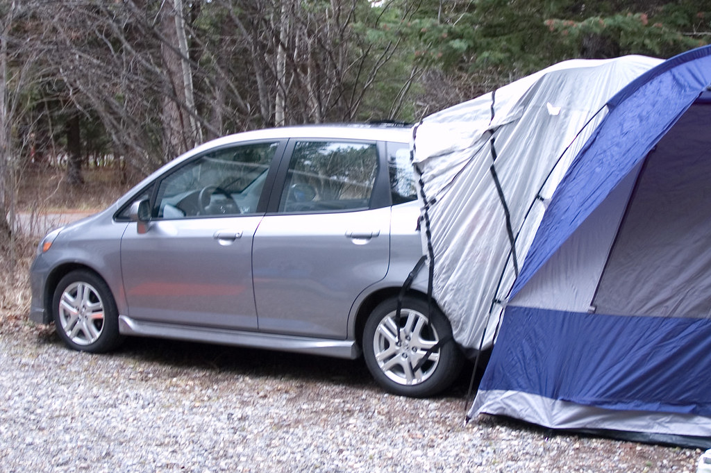 Honda Accord Sport >> Car, hood, and tent. | 07 Honda Fit with tent attached. The … | Flickr