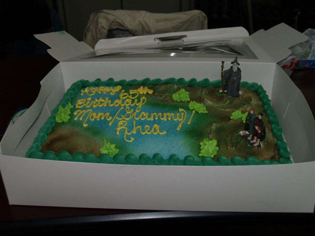 Lord Of The Rings Birthday Cake Apparently Theres A Whole Flickr