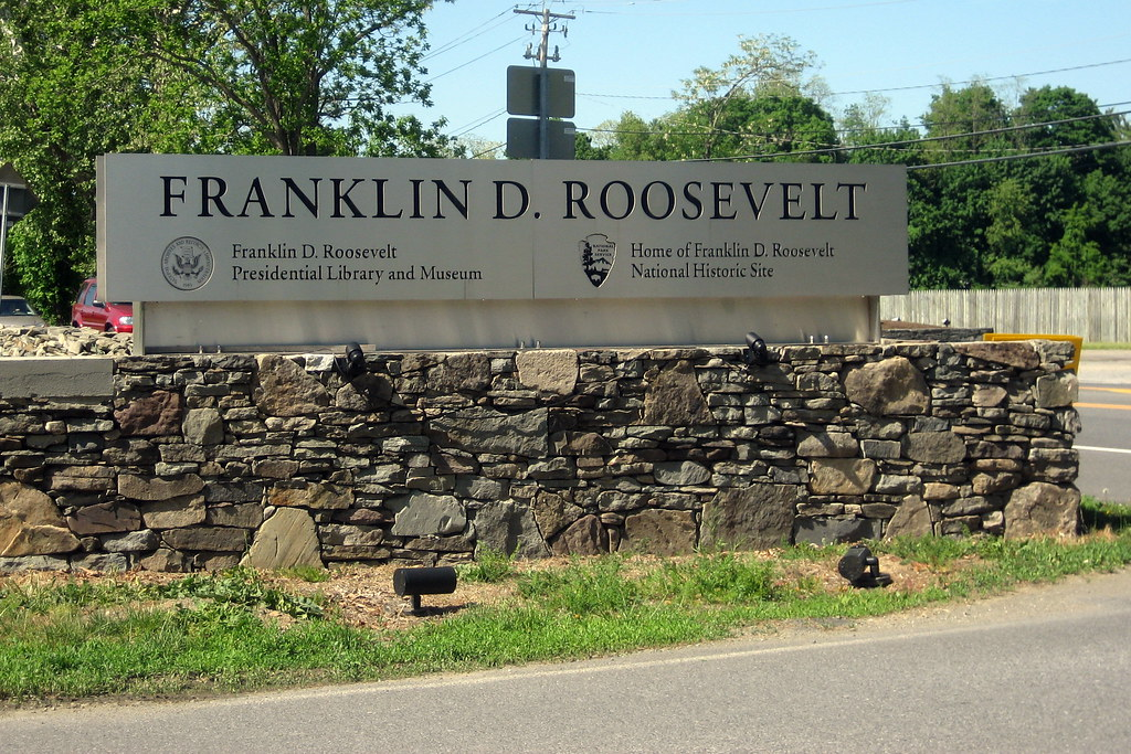A biography of franklin delano roosevelt in hyde park