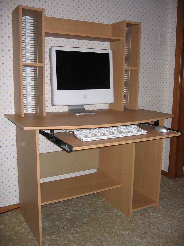 computer desk for sale selling a desk want to buy it a flickr. Black Bedroom Furniture Sets. Home Design Ideas
