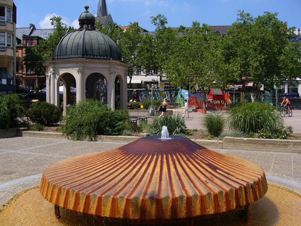 kochbrunnen wiesbaden although the water of this source d flickr. Black Bedroom Furniture Sets. Home Design Ideas