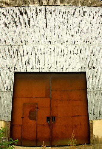 Rusty Factory Door | by Ichor