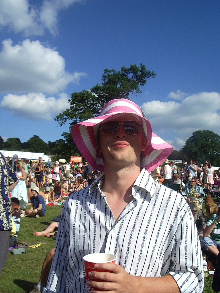 ... Rob in silly sun hat  9c9795c5046