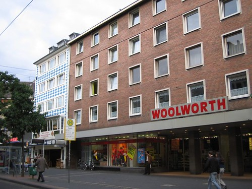 woolworth in düsseldorf | by squirm