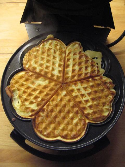 norwegian waffle maker | Flickr - Photo Sharing!