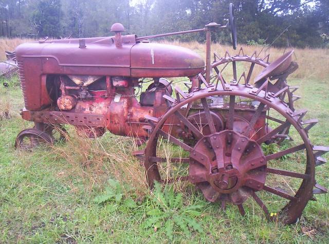 Farmall Steel Wheels : Farmall m steel wheel version hellyesorno flickr