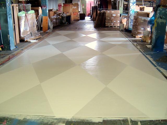 Flat White Pearlesant Harlequin Floor