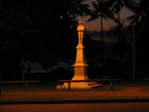 Port Douglas war memorial | by rpiker101