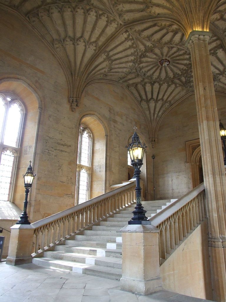 Great Hall Hogwarts Staircase The 16th Century