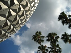 Epcot | by mrpeaches83