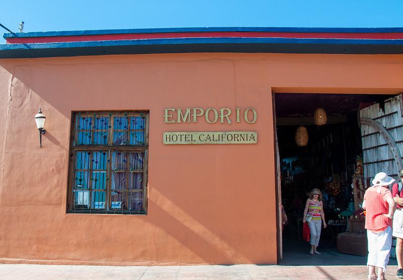 hotel-california-todos-santos