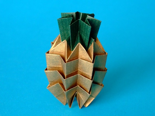 Origami Pineapple Origami Pineapple Designed By David Pett Flickr