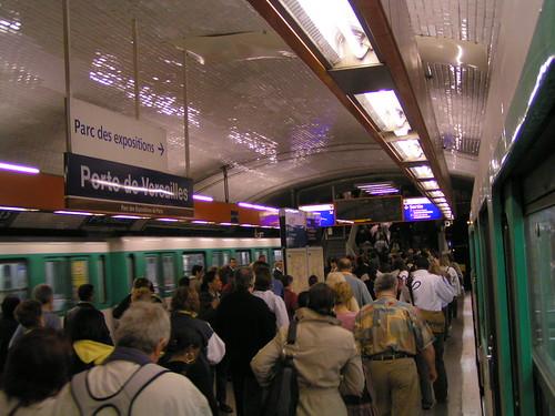 Porte de versailles paris metro porte de versalles foi flickr - Porte de versailles metro ...