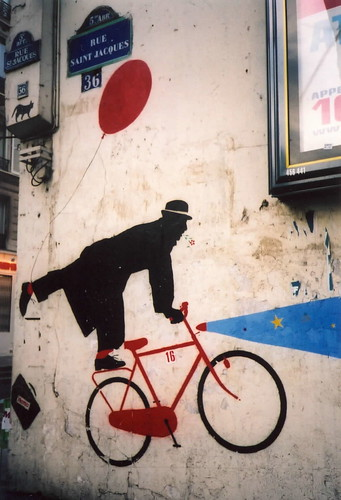 bike graffiti paris(Feb.2003) | by spiv piddler
