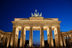 Brandenburger Tor | by lratz
