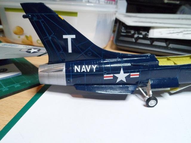 Pas-à-pas : Vought F-8E Crusader [Academy 1/72] - Page 2 31442221201_13562052d5_o