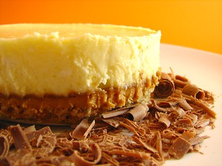 Cheesecake with pretzel crust and peanut butter | by Sashertootie