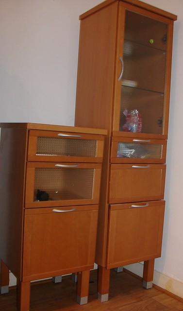 IKEA badkamer kast | 1) Stenskar hoge kast new euro 155 offe… | Flickr