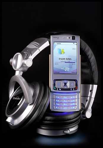 Nokia N95 & Technics RP-DH1200 | by hannueskelinen