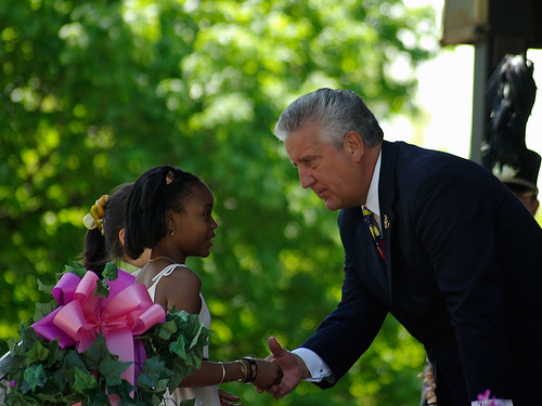 Mayor Jennings at the 2007 Tulip Festival | by Mountain Visions