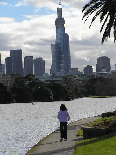 how to get to albert park lake
